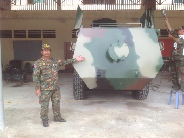 Trần-Quốc-Hải, Hai-lúa, Xe-bọc-thép, Máy-nông-nghiệp, Quân-đội, Campuchia